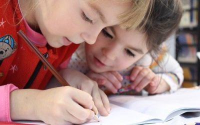 Estimulamos la comprensión lectora describiendo dibujos y sus caracteristicas
